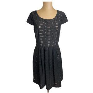 Enfocus Studios Black and Nude Short Sleeve Dress